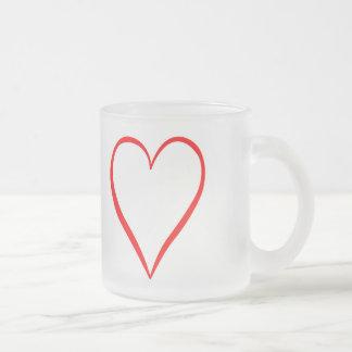 Herz gemalt auf weißem Hintergrund Mattglastasse