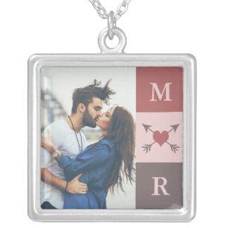 Herz-Pfeil-romantische Paar-Initialen u. Foto Halskette Mit Quadratischem Anhänger