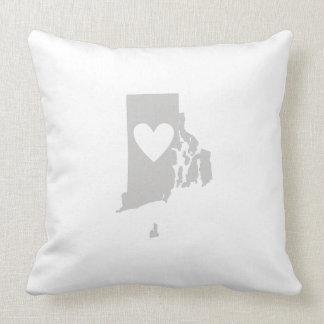 Herz-Rhode Island Staats-Silhouette Kissen