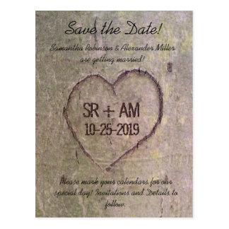 Herz Save the Date geschnitzt im Baum, Postkarten