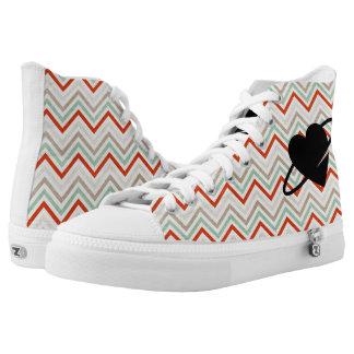 Herz-Theorie-Hintergrund Hoch-geschnittene Sneaker