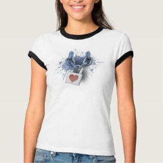 Herz-Verschluss-T - Shirt