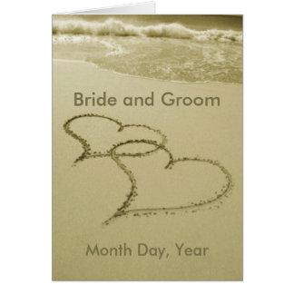 Herzen in der Sand-Hochzeits-Mitteilung Grußkarte