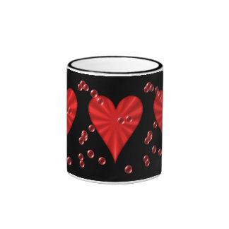 Herzen u. Blasen (auf Schwarzem) Ringer Tasse