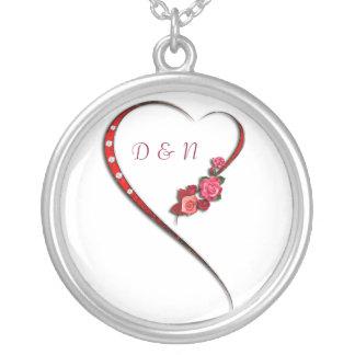 Herzen und Blumen Halskette Mit Rundem Anhänger