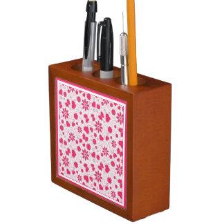 Herzen und Blumen-Schreibtisch-Organisator Stifthalter