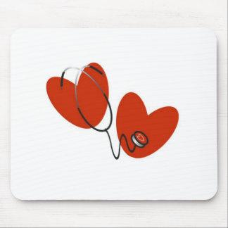 Herzen und Stethoskop-T - Shirts und Geschenke Mauspads