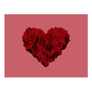 Herzform gemacht von zerknitterten Papieren Postkarte