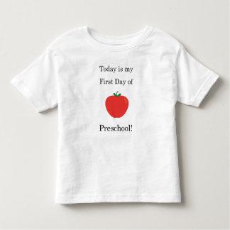 Heutiger Tag ist mein erster Tag der Vorschule! Kleinkind T-shirt