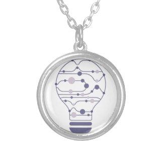 Hexahedrons innerhalb der Ideen-Birne Versilberte Kette