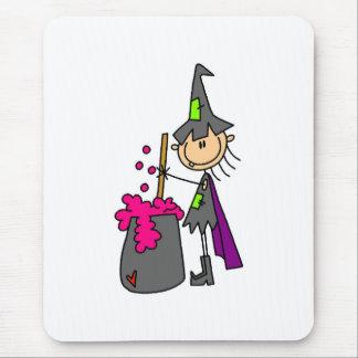 Hexe, die Gebräu macht Mousepad