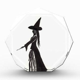 Hexe mit einem magischen Stab Acryl Auszeichnung