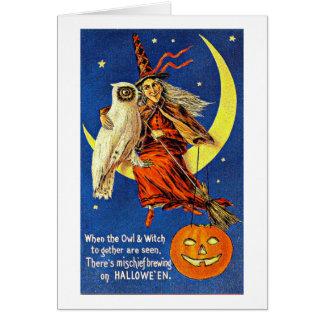 Hexe und Eule auf dem Mond Vintages Halloween Karte