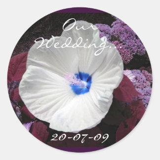 Hibiskus-blaue Hochzeit kundengerecht Runder Aufkleber