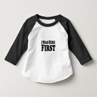 Hier zuerst gestapelt - Hülsen-T - Shirt des