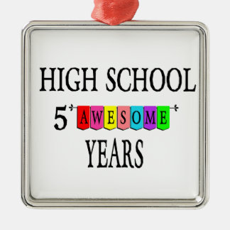 Highschool 5 fantastisches Years.png Silbernes Ornament