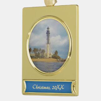 Hillsboro Einlass-Licht datiert Banner-Ornament Gold