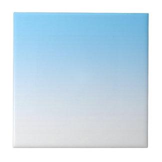 Himmel-Blau-Weiß Ombre Fliese