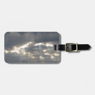 Himmel mit Riesen Cumulonimbuswolken und -sonne Kofferanhänger