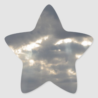 Himmel mit Riesen Cumulonimbuswolken und -sonne Stern-Aufkleber