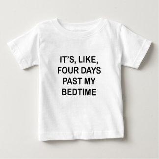 Hinter meiner Schlafenszeit Baby T-shirt