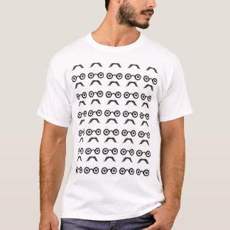 Hippie-Schnurrbart und runder Spezifikt.-T - Shirt