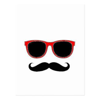 Hipster mit roten Schatten Postkarte
