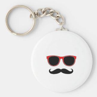 Hipster mit roten Schatten Schlüsselbänder