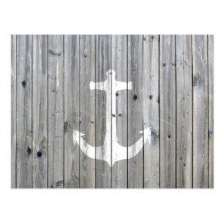Hipster-Vintager weißer Seeanker auf grauem Holz Postkarte