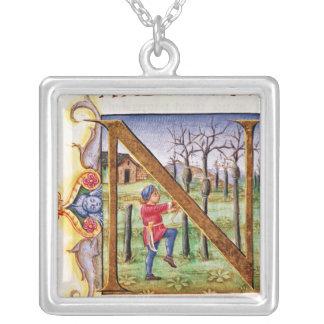 Historiated Initiale 'N Halskette Mit Quadratischem Anhänger