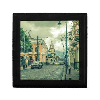 Historische städtische Mittelszene an Riobamba Schmuckschachtel