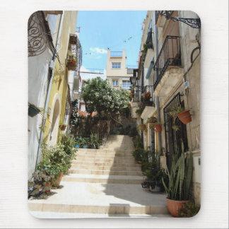 Historische Straße Alicantes. Mausunterlage Mousepad