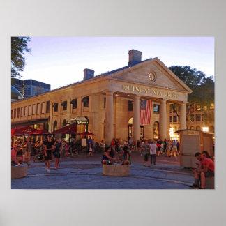 Historischer Quincy-Markt im Stadtzentrum Poster