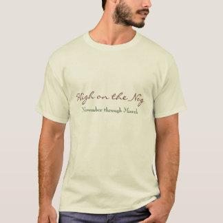 Hoch auf dem Holzklotz, November bis März T-Shirt