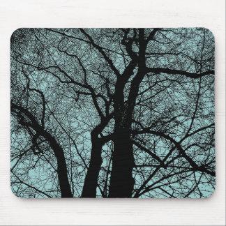 Hochauflösender Baum - hellblaues Grün Mauspad