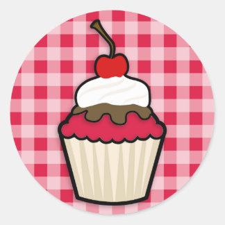 Hochrotes Rot-kleiner Kuchen Runder Aufkleber