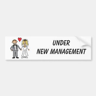 Hochzeits-Cartoon - unter neuem Management Autoaufkleber