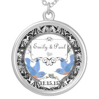 Hochzeits-Datums-glückliche Drossel-Jahrestags-Hal Amuletten