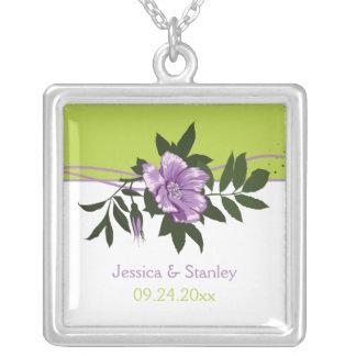 HOCHZEITS-Grünandenken der wilden lila Rose Blumen Halskette Mit Quadratischem Anhänger
