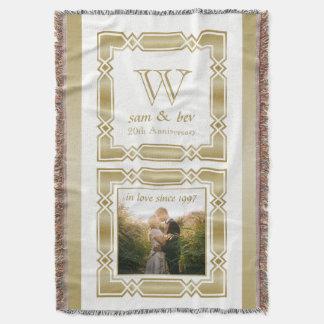 Hochzeits-Jahrestags-elegantes Goldmonogramm-Foto Decke