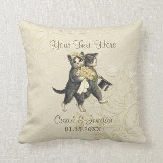 Hochzeits-Katzen Ihr kundenspezifischer Text Kissen