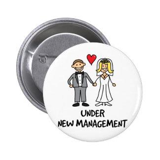 Hochzeits-Paare - unter neuem Management Anstecknadelbuttons