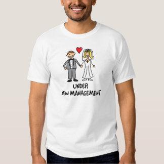 Hochzeits-Paare - unter neuem Management T-shirt