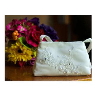 Hochzeits-Tasche u. Blumenstrauß Postkarten