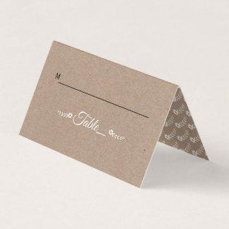 Hochzeitseskortekarte Typografiebraunen Platzkarte