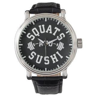 Hocken und Sushi - Vergaser und Bein-Tag - lustige Uhr