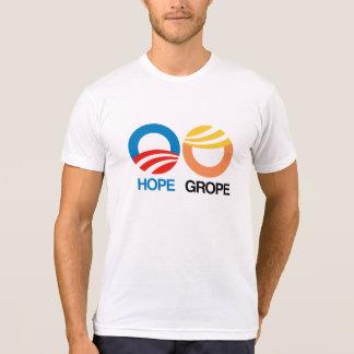Hoffnung und Herumtasten -- Anti-Trumpf Entwurf - T-Shirt