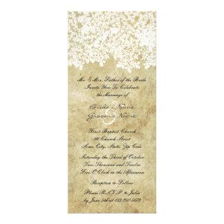 Hohe Vintage weiße Blumenhochzeits-Einladungen