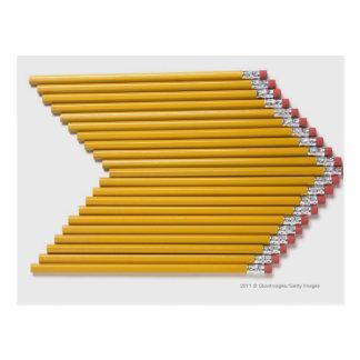 Hohe Winkelsicht der Bleistifte in Folge Postkarte