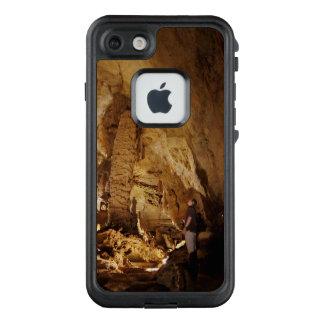 Höhlen-Forscher LifeProof FRÄ' iPhone 8/7 Hülle